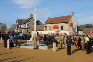 Hundreds turn out for Remembrance Day
